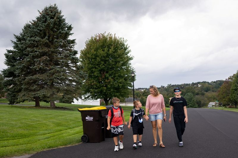 Relief, anxiety as U.S. parents confront emotional back to school